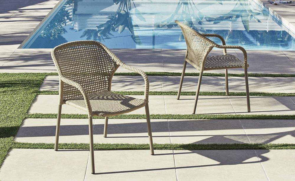 sillas de mimbre para terraza