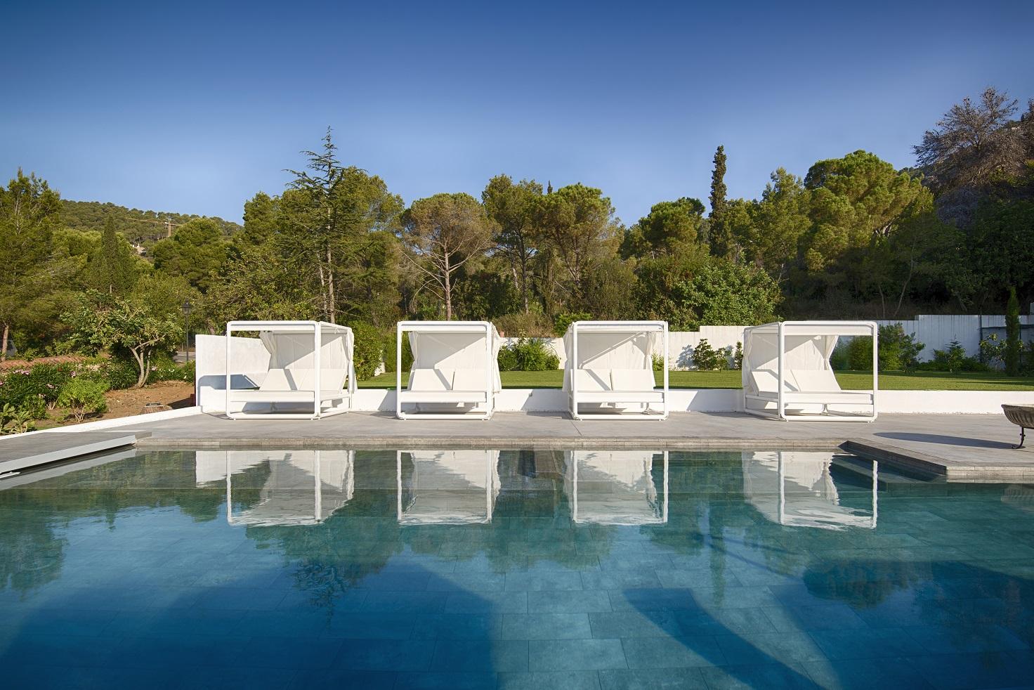 camas balinesas para piscina