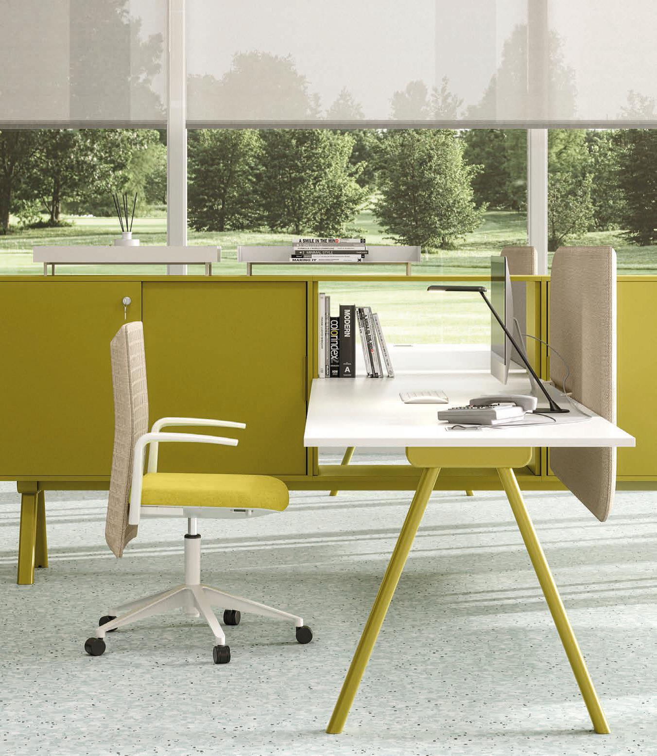 armarios y mesas de oficina